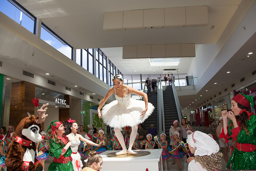 Essence Images Event Photography Santa arrives at Tuggerah Westfield